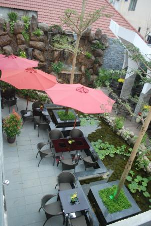 Sun Ocean Cafe & Restaurant: lake view
