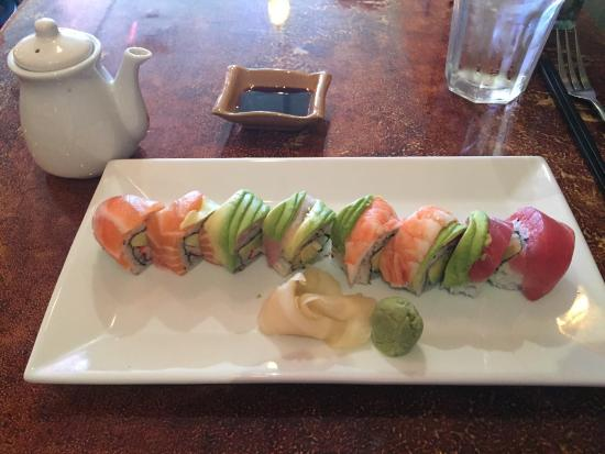 Asian Bistro : Rainbow roll and summer roll!