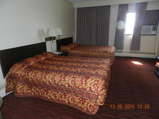 Argyll Plaza Hotel: The beds