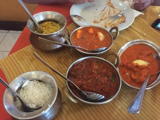 Gateway of India: Paneer, Curry, Basmati rice, Rogan Josh
