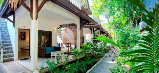 Tir Na Nog Gili Trawangan Accommodation
