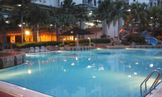 Swimming Pool Picture Of Mahkota Hotel Melaka Melaka Tripadvisor