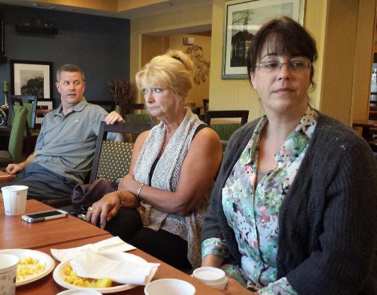 Hampton Inn Harrisonburg South : Family fun and dysfunction in the lobby/eating area.