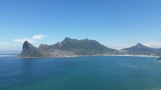 Gordon's Bay, Sudáfrica: Hout Bay from Chapman's Peak