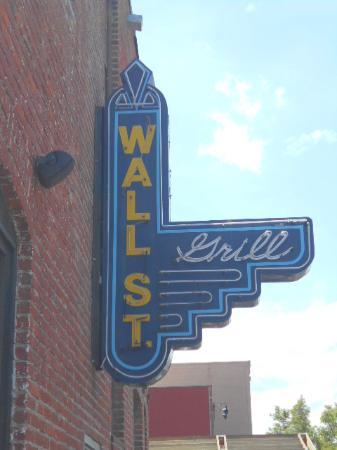 Wall Street Grill