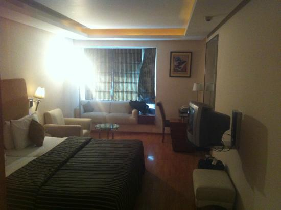 Entring the room - Picture of Roland Hotel, Kolkata