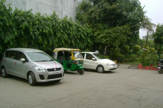 Hotel Siddhartha : parking lot