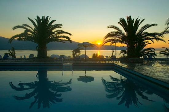 Long Beach Hotel: Sea view
