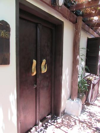 Ramayana Boutique Hotel: Room entrance