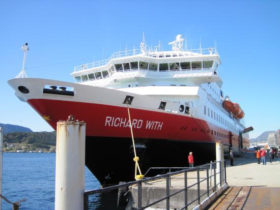 Hurtigrutens Hus: MS Richard With in Ålesund
