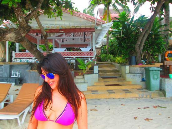 Sans Souci Samui: outside the hotel and on the beach