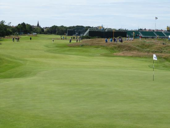 2nd hole and green