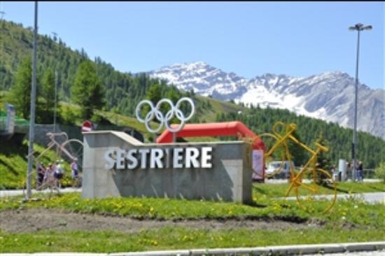 Governante geta foto di villaggio olimpico sestriere for Villaggio olimpico sestriere