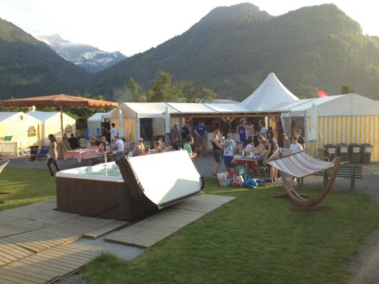 Balmers Tent Village & Balmers Tent Village - Prices u0026 Hostel Reviews (Interlaken/Matten ...