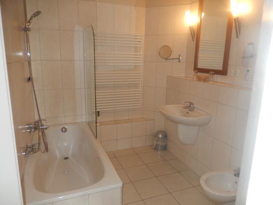 Fahrenzhausen, Alemania: Bathroom
