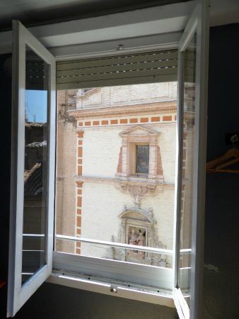 Russafa Youth Hostel: Vista desde habitación
