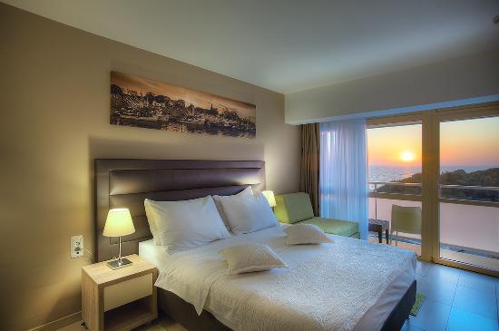 Photo of Pinija Hotel Petrcane