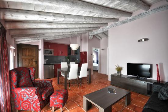 La casa grande de albarracin spanien omd men och for Salon de 40 metros cuadrados
