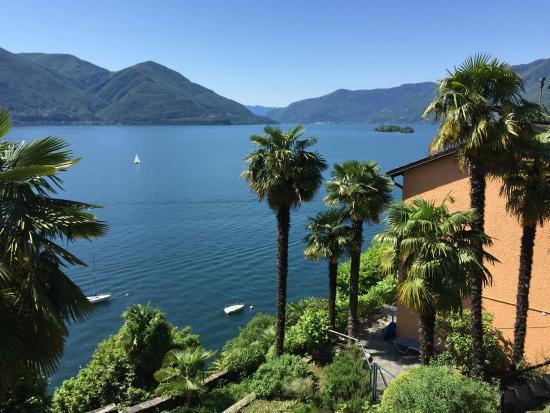 Hotel Collinetta : Lago Maggiore - Blick vom Schlafzimmerbalkon