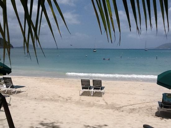 MYETT'S: Myetts beach on Cane Garden Bay, Tortola, BVI