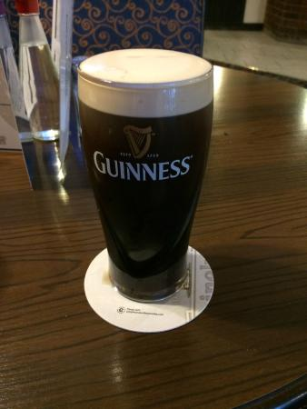 Mermaid BAR: A nice Guinness in the Mermaid Belfast