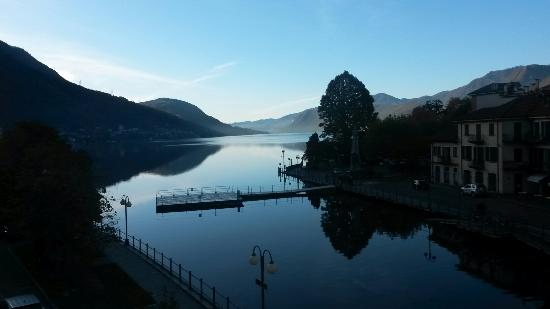 Hotel Ristorante Croce Bianca: A peacefull lake view from the hotel room