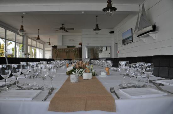 Hotel La Maison sur l'Eau: La table
