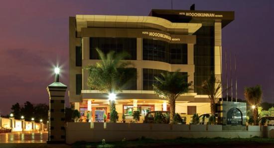 Hotel Moochikunnan Heights