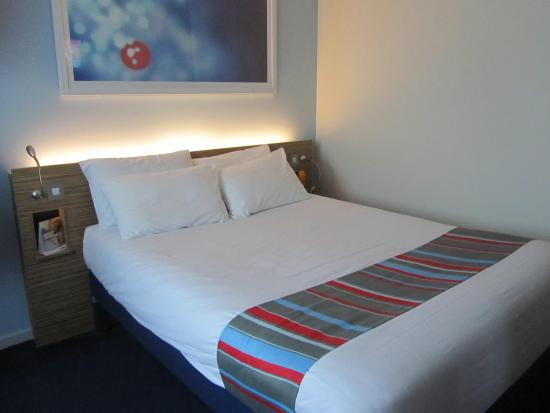 Travelodge Stratford Upon Avon: Very comfortable room
