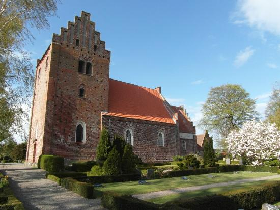 ‪Keldby Church‬