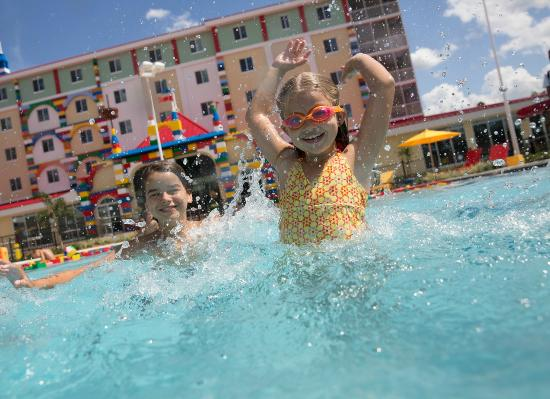 Where is the LEGOLAND Florida Hotel and Pirate …