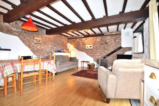 Huntsham, UK: The Granary lounge
