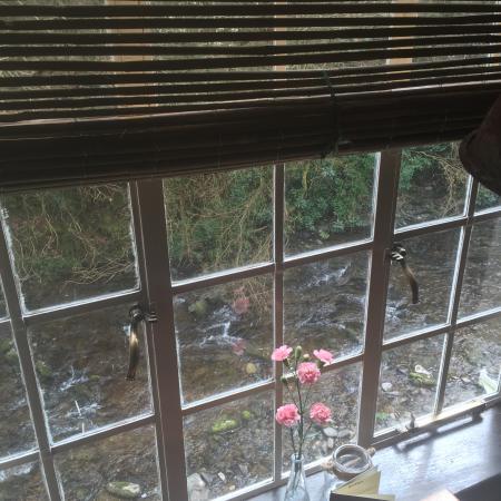 Nartnapa Thai - Cottage Inn: riverside