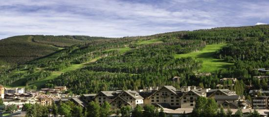 Four Seasons Resort and Residences Vail: FS Vail Exterior