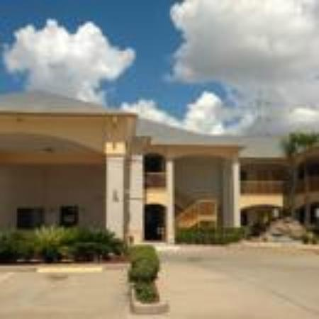 Scott Inn and Suites