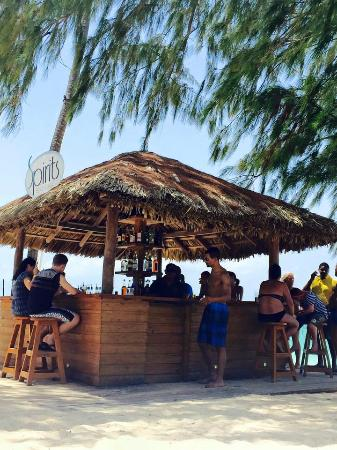 Presidential Suites - Punta Cana: Spirits Beach Bar