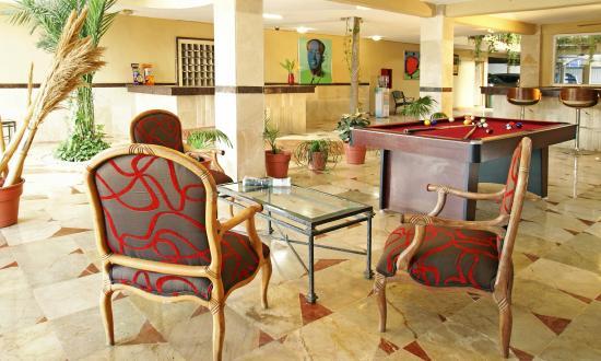 Hotel Santa Maria: Lobby