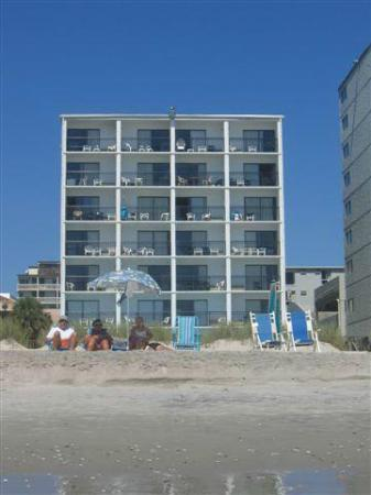 Ocean Plaza Motel: View from beach