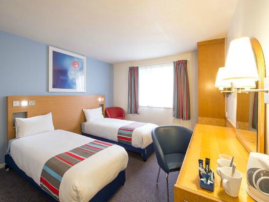 Cheap Hotels In Swansea Area