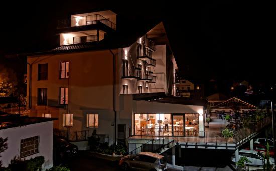 Laives, Italië: Nachtbild