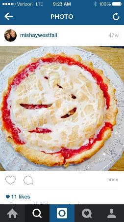 The Bradford Eatery and Bakeshop: Strawberry Rhubarb