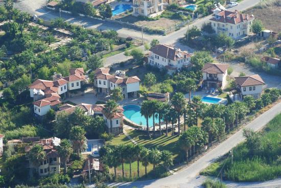 The Osmanli Hani: Otelinin tepeden görünüşü