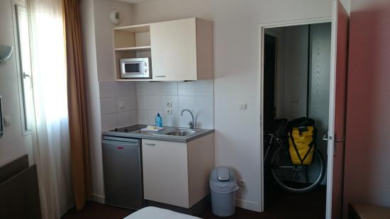 Adagio Access Perpignan : room