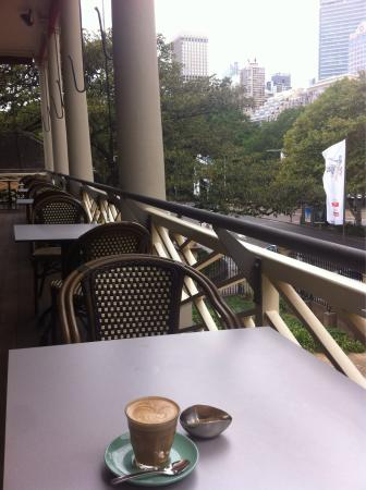 Sydney Mint Cafe: Balcony