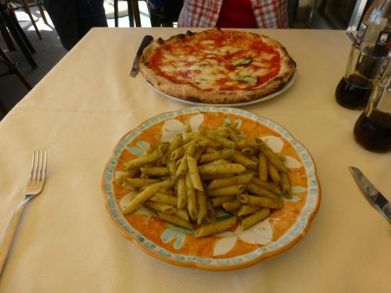 Ristopub Sud Est: Delicious pizza and pasta!