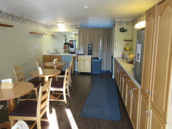 Cayucos Beach Inn  95    U03361 U03361 U03360 U0336