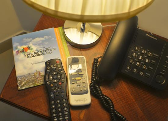 Hotel Castell: Tv cable, internet wi-fi gratis