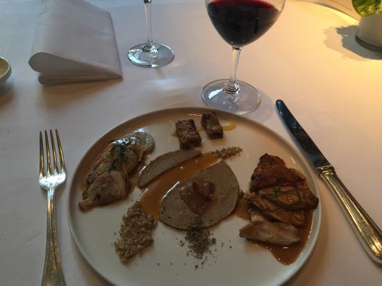 Jan Van den Bon: A very nice restaurent. The food is great. Service is nice and the small garden fantastic I will