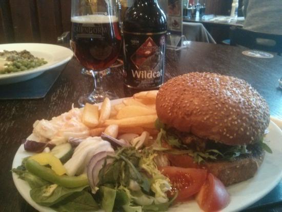The Glen Hotel: Hamburger