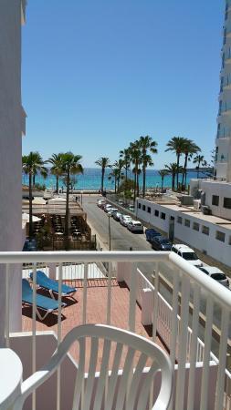 Universal Hotel Bikini: Einzelzimmer mit Seitensicht zum Meer